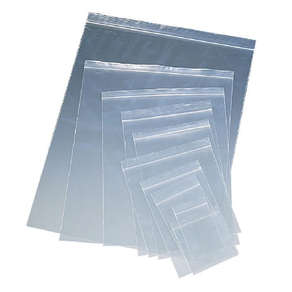 e50fe2f12 Las Bolsas de Cierre de aspecto transparentes varian segun los tamaños,  tratadas para impresión o impresas cuando el cliente lo solicite;  elaboradas con ...